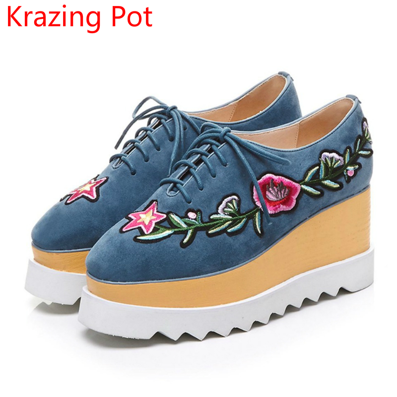 2017 Brand Autum Shoes Runway Wedges Flower High Heel Increased Square Toe Lace Up Platform Embroidery Women Casual Shoes L58 2015 brand new high heel wedges shoes platform pumps for women lace up square toe casual shoes sexy casual shoes woman