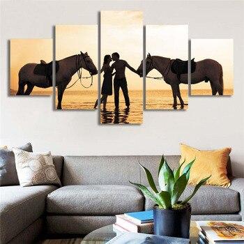 Amantes besándose románticos pintura en lienzo arte de playa Poster caballos Cuadros de pared para decoración del hogar 2017 Cuadros Abstractos regalo