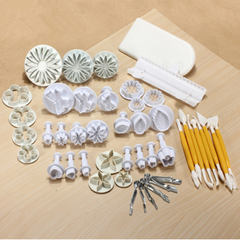 45pcs/lot Cookies Mold Cake Mold Set DIY 3D Sugarcraft Cake Decorating Tools Flower Set For Cake Baker household product plastic dustbin mold makers