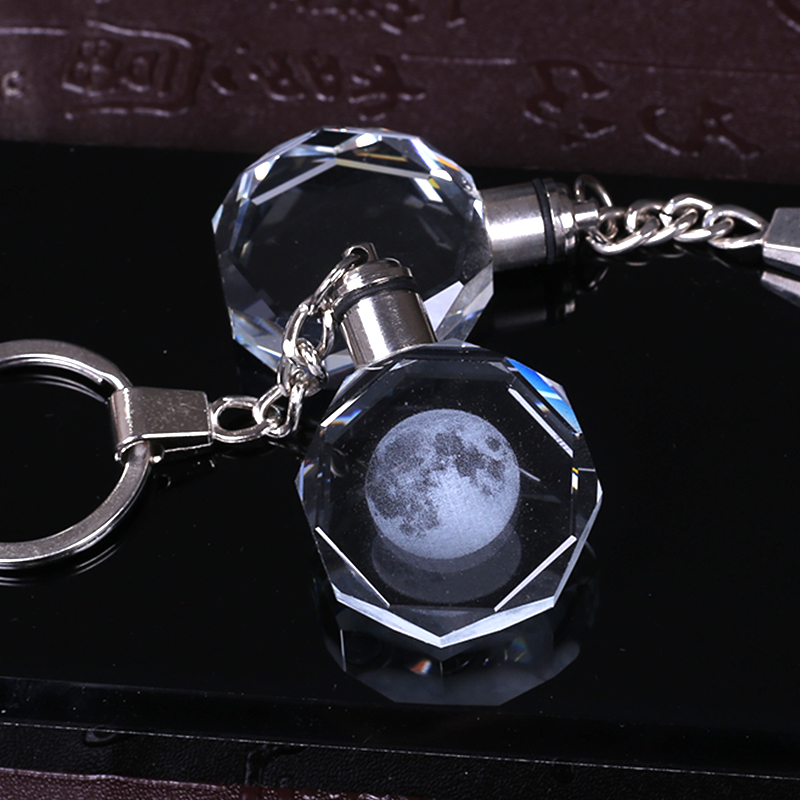Crystal Moon Key Chain Laser Engraved Miniature Moon Keychain Led Light Colorful Glass Key Ring Pendant Hanging Gift цена 2017