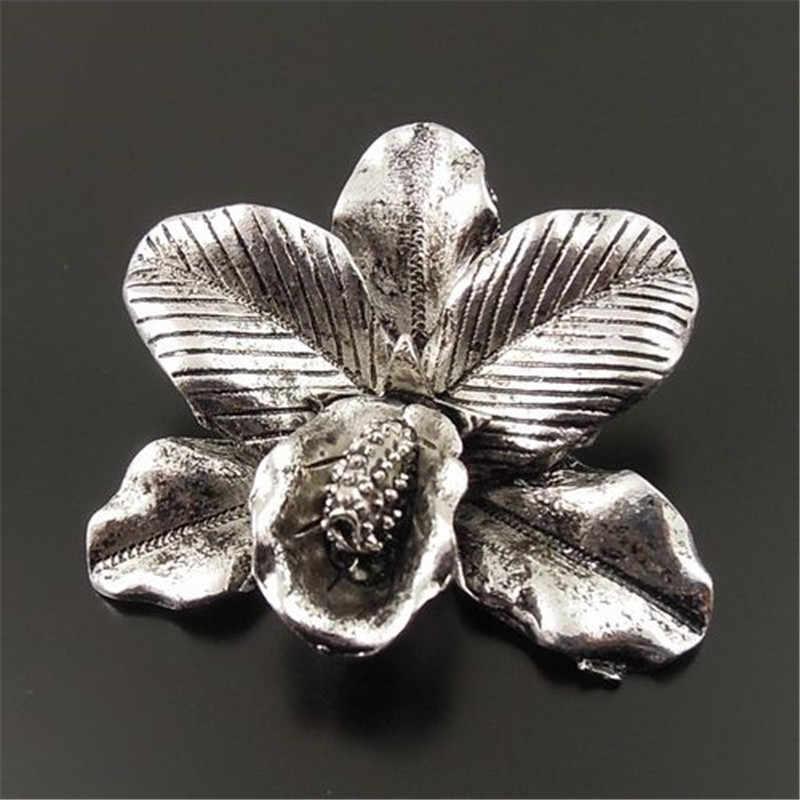 6 unids/pack COLLAR COLGANTE Vintage Bohemia mujer joyería artesanías Flor de plata antigua encantos colgantes de conector 42*36*11mm 33129