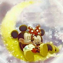 5D DIY Diamond Painting Cross stitch kits Full square Diamond Embroidery Dis Mickey Minnie rhinestone Mosaic pattern 5d diy diamond painting cross stitch kits full square diamond embroidery disney mickey minnie mouse rhinestone mosaic pattern