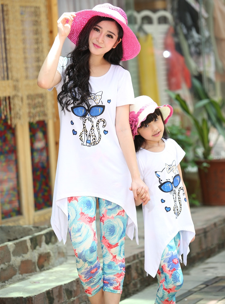 New 2017 Girls Clothing Family Outfits Summer Girl Dress Flower Cat Kid Children Hoodies Child Kids T Shirts + Pants