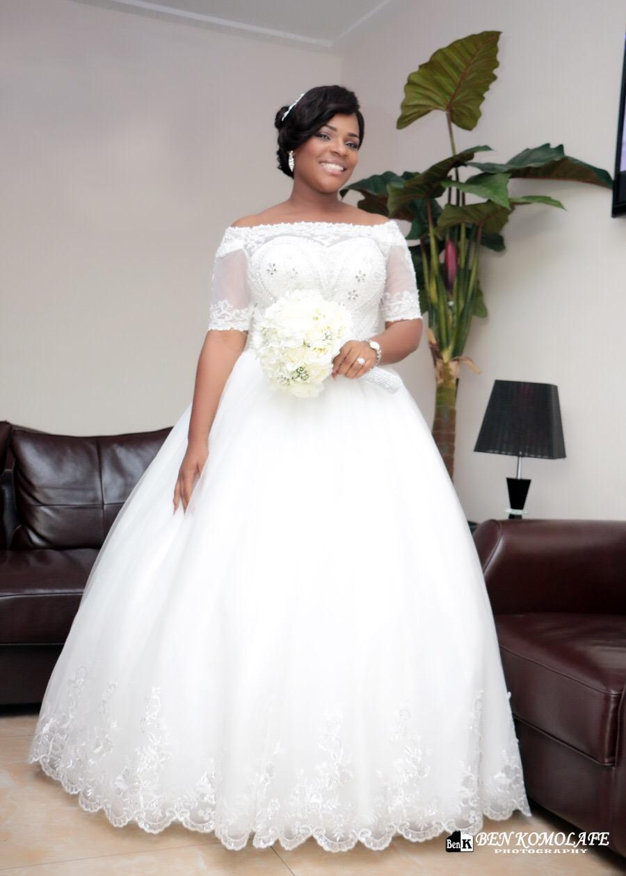 2016 vintage beaded lace plus size ball gown african for Plus size wedding dresses with color and sleeves