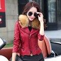 Pequeña ropa de cuero femenina del diseño del cortocircuito chaqueta de cuero de LA PU 2016 otoño y el invierno de la motocicleta y El algodón chaqueta femenina