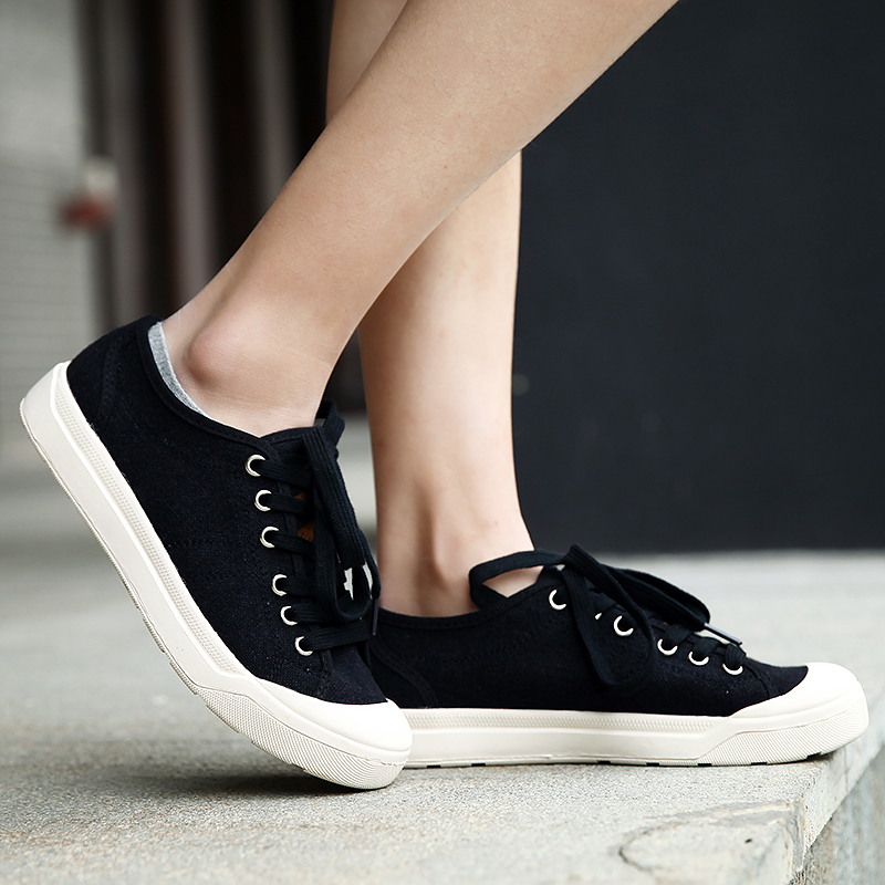 2018 New Joker Lovers Small White Shoes Ladies Leisure White Shoes Sports Shoes White Korean Version of Trend Woman Shoes 5 2018 spring sports and leisure trend van gogh wind shoes