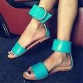 Moda Mujer Sandalias de Verano Diseño de la Hebilla de Gladiador Zapatos Planos de La Mujer Ocasional Playa Sandalia Zapato Pisos Sandalias Mujer