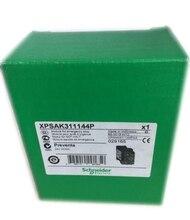 Шнайдер Предметы безопасности реле XPS-AK311144 XPSAK311144 Оригинальный Новый в коробке