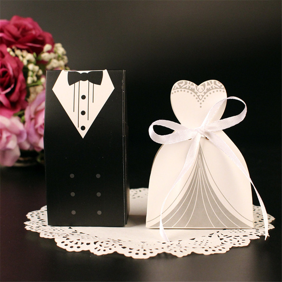 50pc Bride + 50pc Groom Elegant Candy Boxes For Wedding Sweet Bag Wedding Favors Gift For Guest Wedding Dresses Party Decoration