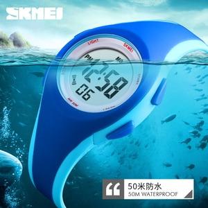 Image 5 - Skmei子供液晶電子デジタル腕時計スポーツ腕時計ストップウォッチ発光 5Bar防水子供腕時計女の子