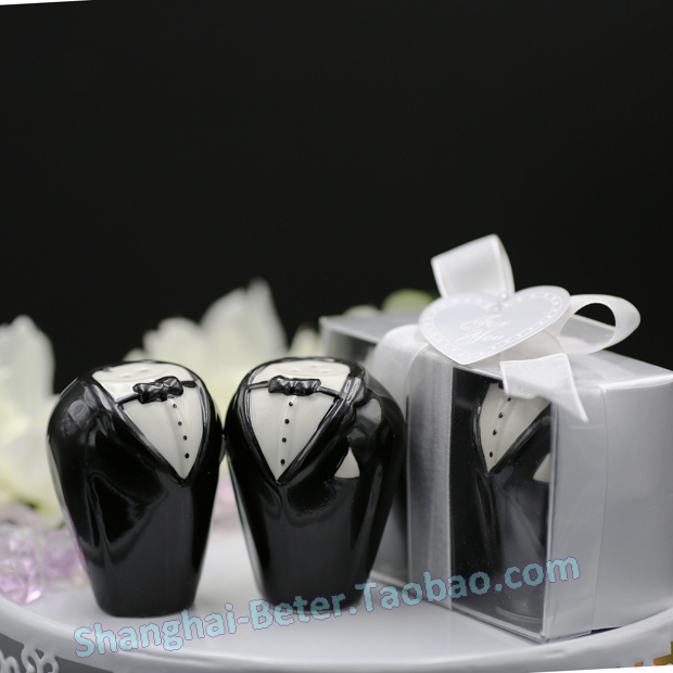Free Shipping 200pcs 100sets Lot Novelty Groom And Salt Pepper Shakers Favors Wedding Gifts In Party From Home Garden On Aliexpress