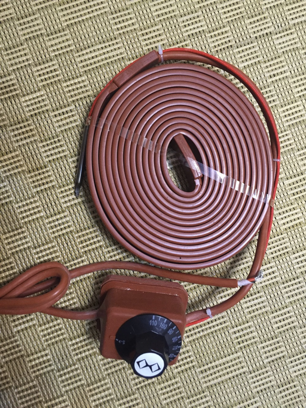 20*1300mm 390w 220v +Rotary temperature controlle flexible Silicone Heating belt tracing Silicone Rubber Pipe Heater waterproof 15x2000mm 160w 220v high quality flexible silicone heating belt heat tracing belt silicone rubber pipe heater waterproof