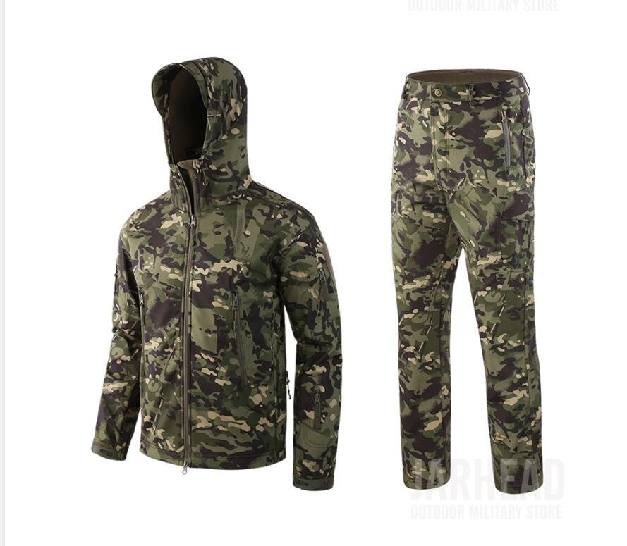 Autumn and winter Outdoor Sport Hunting Camouflage Sets Men Windproof Waterproof Soft Shell Tactical Military Jacket+Pants Suits