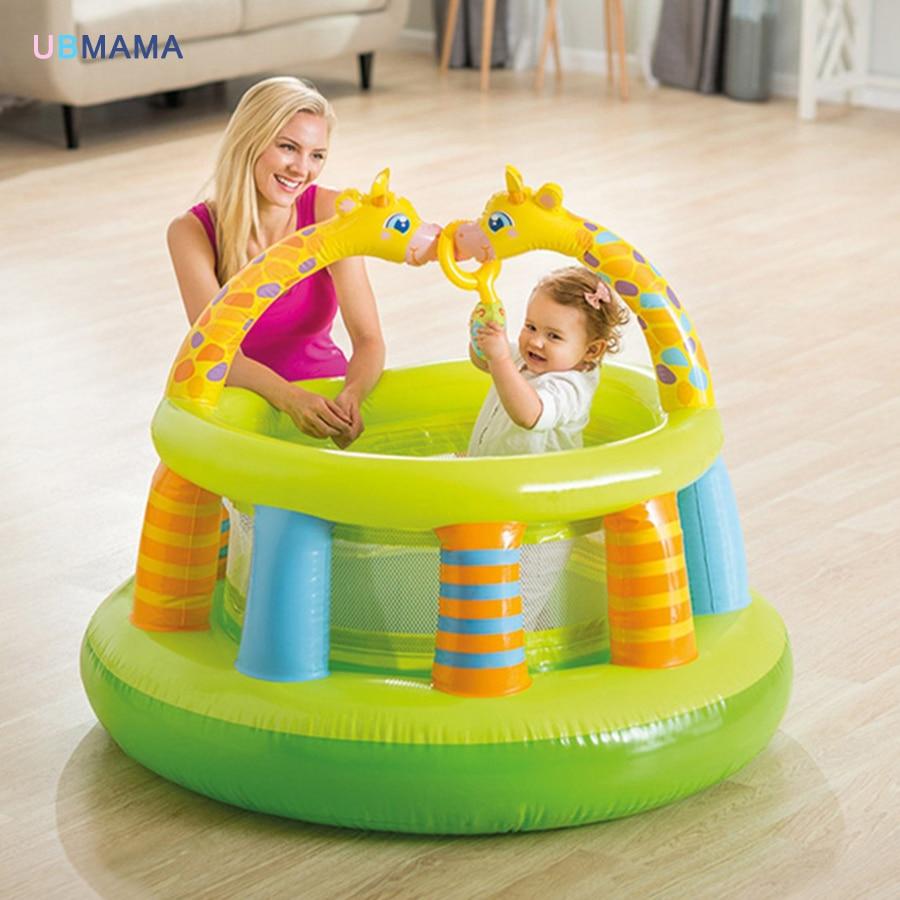 Girafe bébé bébé couleur forme gym stade avec gaze aire de jeux balle piscine clôture trampoline