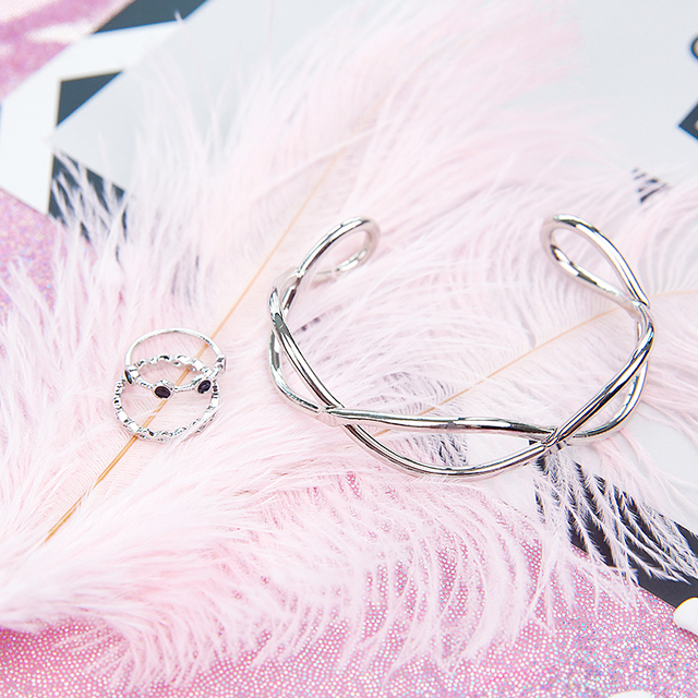High Quality White Natural Ostrich Feathers ins Photography Accessories DIY Decoration for Bracelet Ring Jewelry Lipstick Makeup 3