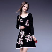 Европейской и Американской моды весна 2016 новый роскошный вышитые вязаный свитер платье слово