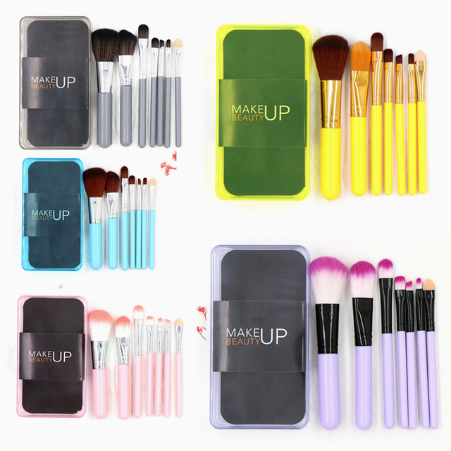 7 piezas, juego de brochas de maquillaje de alta calidad en polvo Fundación de sombra de ojos cepillo de plástico con caja de belleza cosméticos Kit de herramienta caliente