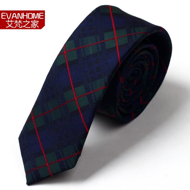 Alta Calidad 2016 Nueva 5 CM Corbata Delgada Casual Corbatas para hombres Diseñadores de Marca de La Boda Corbata Verde Rojo Plaid Flaco Corbata de Regalo caja