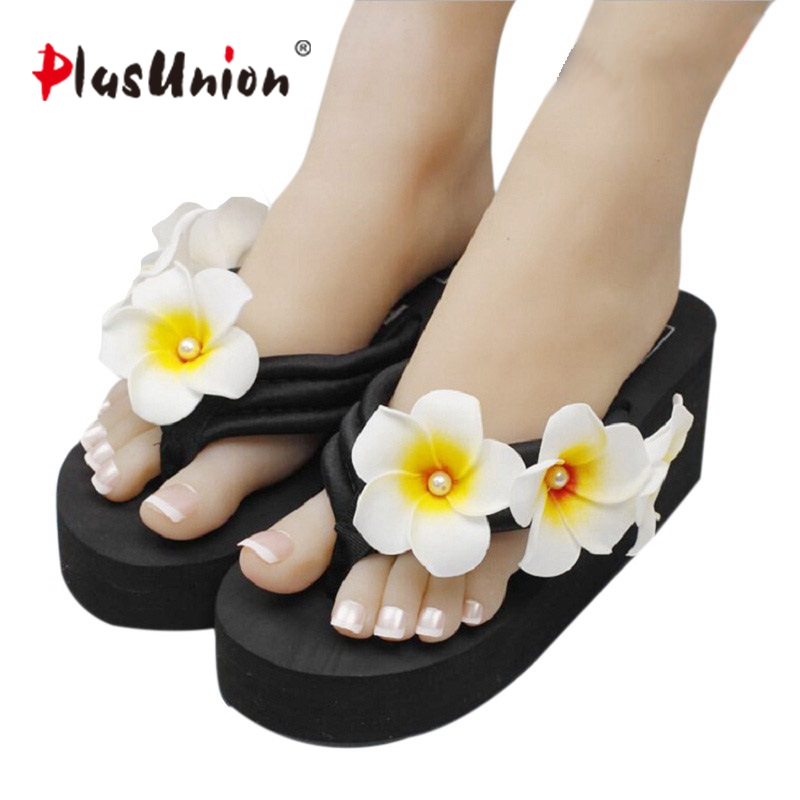 plusunion black three side flower outside wedges flip flops summer outside slippers printed EVA cool sexy wedge shoes floral lanshulan bling glitters slippers 2017 summer flip flops platform shoes woman creepers slip on flats casual wedges gold