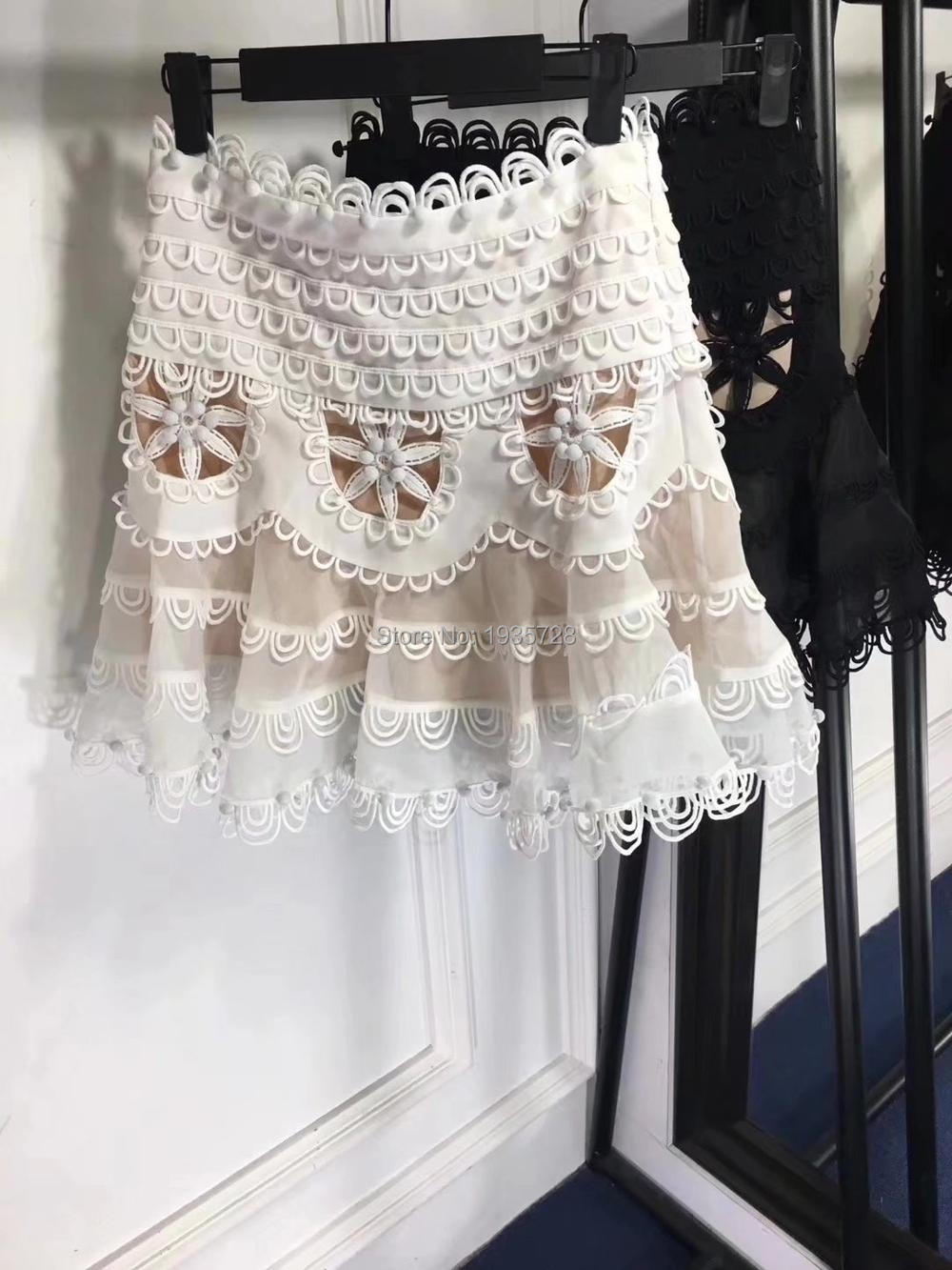 c4ae3cc2 2018SS Runway GOLDEN White CUT OUT Flowers Lace Embroidered Paneled mini  Skirt flipped Mini Skirt Ruffles Hem rouleau detail