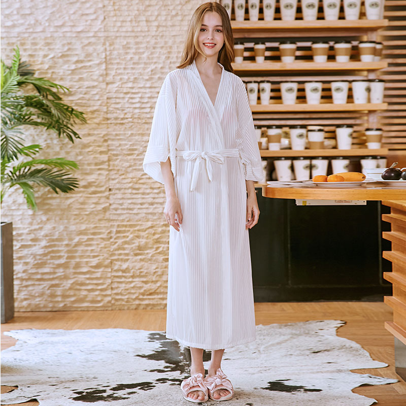 Summer Women Sleepwear Robe Towel Bathrobe Cardigan Kimono Long Robe Shower White Nightgowns Nightdress Robe Sleep Clothes