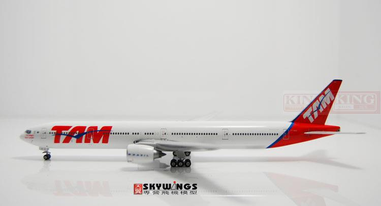 Phoenix 10620 B777-300ER PT-MUD 1:400 of Brazil Pegasus Airlines commercial jetliners plane model hobby gjcca1366 b777 300er china international aviation b 2086 1 400 geminijets commercial jetliners plane model hobby