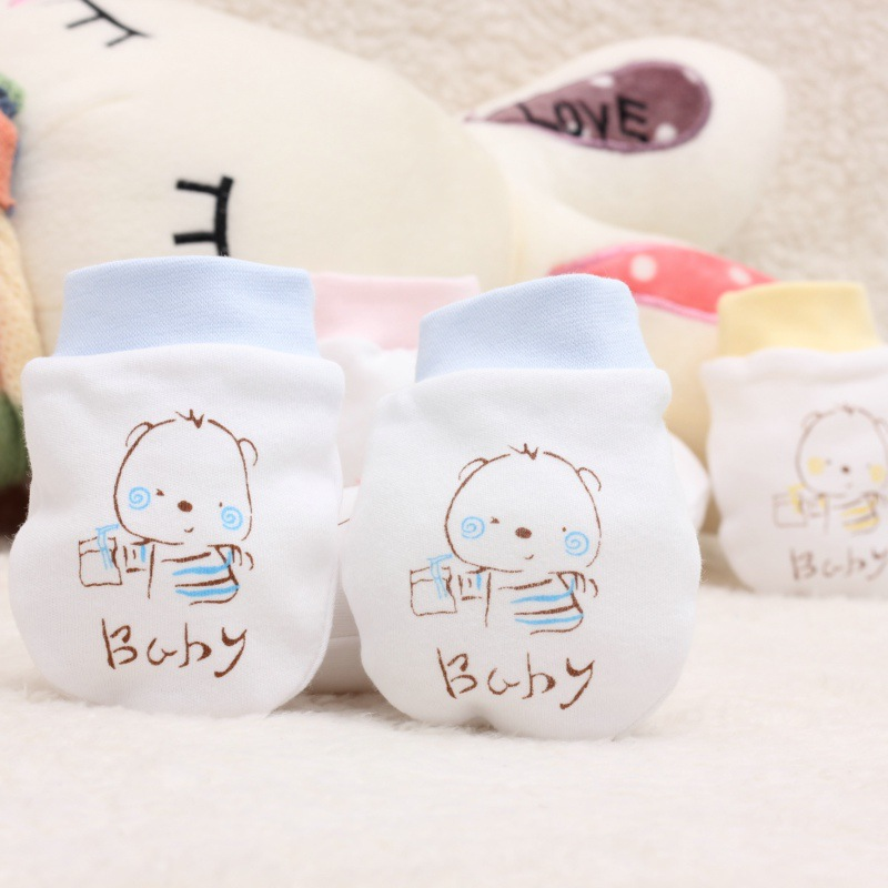 2017 Fashion Baby Glove Cartoon Pattern Anti-grasping Gloves Newborn Protection Face 100% Cotton Anti Scratching Gloves кукла adora baby doll 20 classic snow white