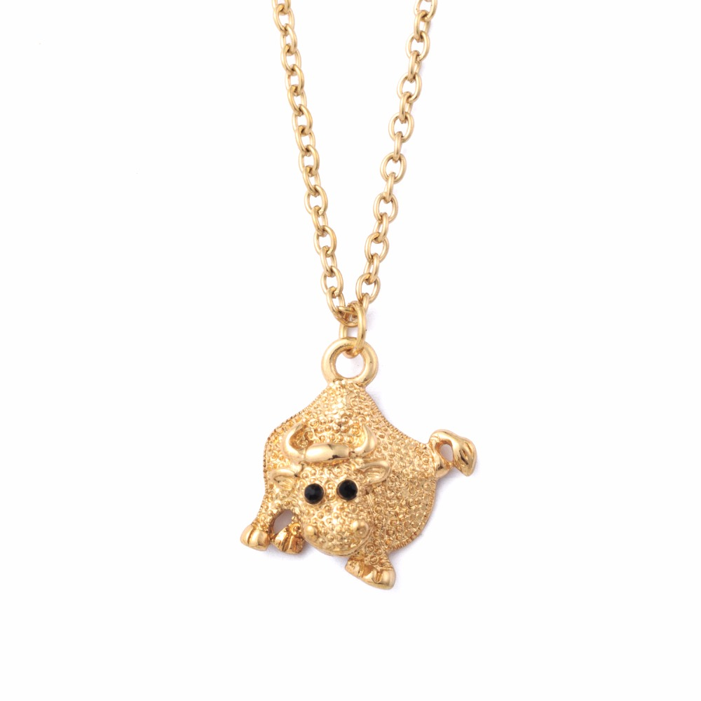 2018 New Arrival Fashion Jewelry Gold Color Bull Pendant Necklace for Women Cute Cow Rhinestone Necklace