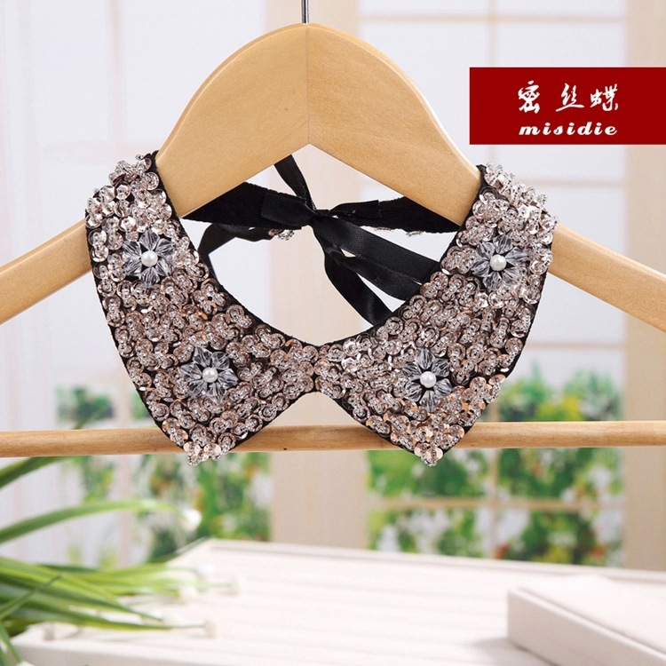 Beautiful sequin bead women Black V-neck two Flower detachable collar