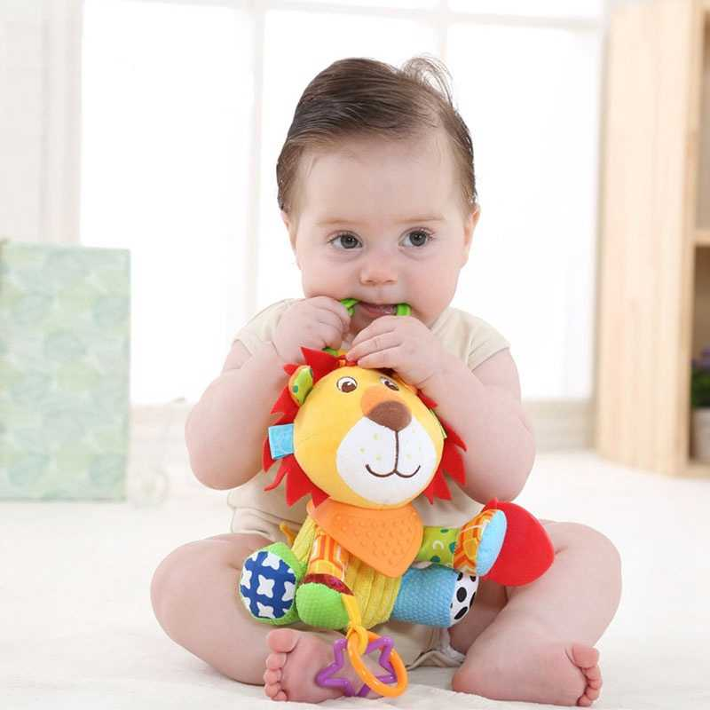 Baby Crib Bed Hanging Bells Toys Baby Rattles Toys Soft Stroller Hanging Toy Cute Animal Doll Teethers Stuff Lion Dog Horse