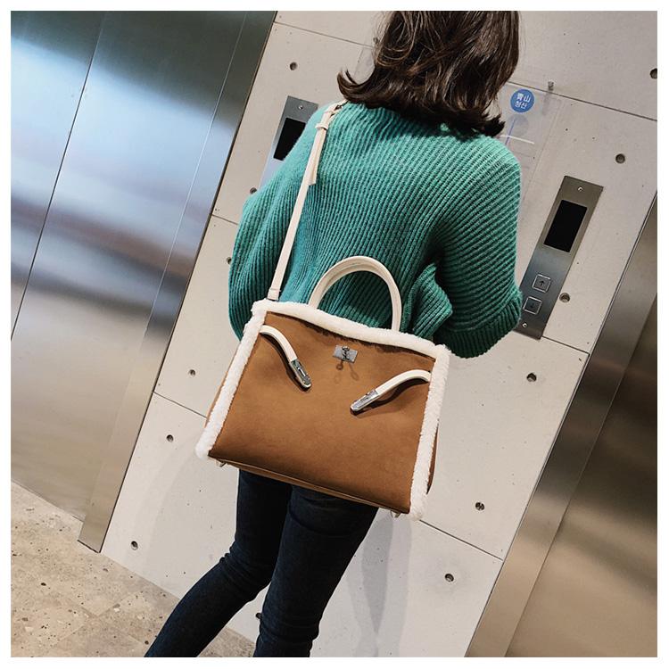 Korean handbag large capacity bucket hand bag designer big tote designer Fur women messengerc winter shopping wool no lock 100