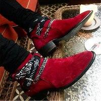 2018 High End эксклюзивный цепи Туфли с ремешком и пряжкой граффити ткань пикантные сапоги красные замшевые Подиум T show Роскошные Мужские ботинки