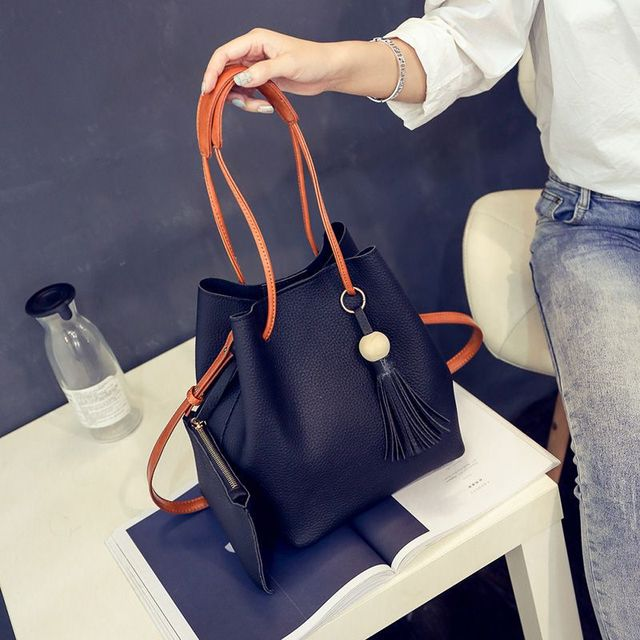 PU Leather Shoulder Sling Bags for Women Drawstring Handbags Composite Ladies Small Crossbody Bucket Bags 4