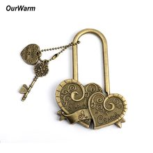 OurWarm Rustic Wedding Anniversary Russian Letter Key Double Heart Love Locks for Wedding Souvenirs Decoration You+Me=Family(China)