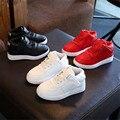 Niños niños niños niñas moda casual shoes niño niña niño deporte de la pu shoes junta shoes 26-36 white & rojo y negro