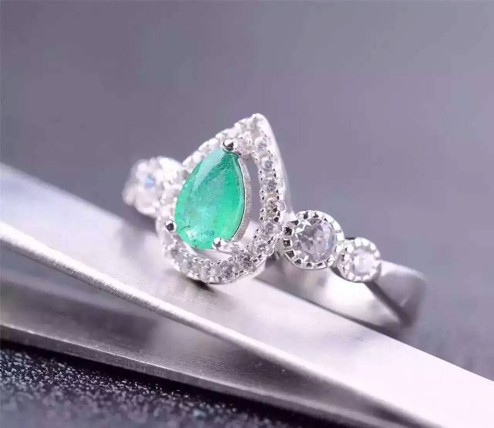 все цены на Natural green emerald gem Ring Natural gemstone ring 925 sterling silver trendy Elegant water drop women party gift Jewelry