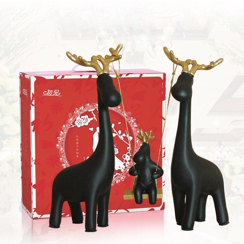 Europe résine une famille de quatre balançoire cerf table décoration de la maison artisanat animaux figurine halloween cabochon nouveaux cadeaux de maison - 3