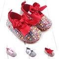 2016 Moda Arco-nó Meninas Recém-nascidas Do Bebê Da Princesa Sapatos de Cristal Que Bling Mocassins Bebê Primeiro Walkers Infantil Sapatos Calçados
