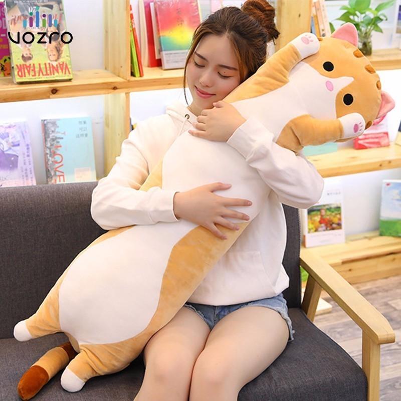 VOZRO 70/90 Cm mignon chat sommeil Long peluche jouet poupée cadeau pour envoyer filles enfants genou oreiller Almofada Coussin Overwatch Cojines