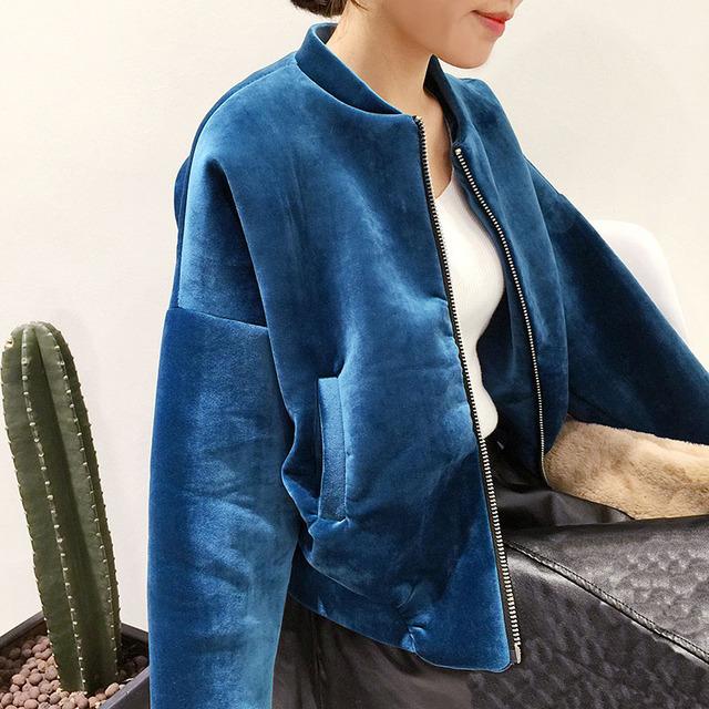 2016 Nova Moda Inverno Básico Acolchoado Bombardeiro Vôo Jaqueta Mulheres Quentes de Veludo Cor Sólida Curto Casaco de Mangas Compridas