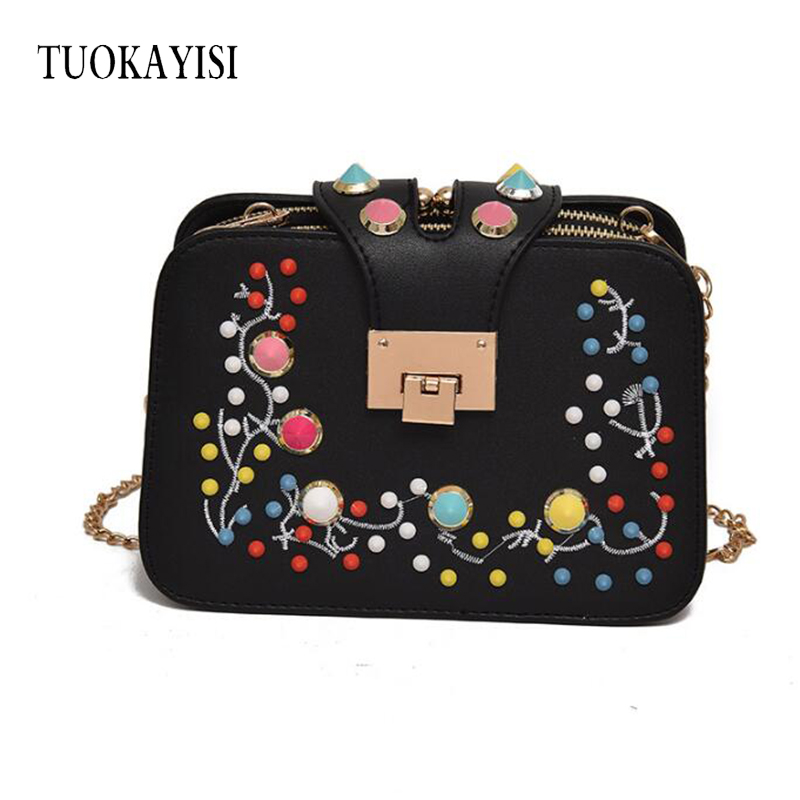 girl Small Flowers Embroidery Ladies Crossbody Bags Fashion Women Shoulder Handbags black High Quality PU Leather Messenger Bags  new national embroidery bags high quality women fashion shoulder