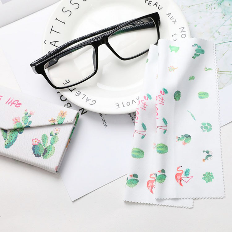 3 pcs/lot High quality Glasses Cleaner Flamingo 14*17cm Microfiber Glasses Cleaning Cloth For Lens Phone Screen Cleaning Wipes image