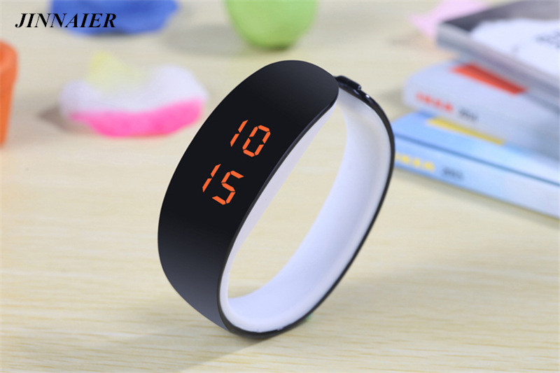 10pcs/lot Wholesales Hot Sales Fashion LED Digital Plastic Bracelet Wristwatch Women Men Students Gifts Dolphins LED Watch