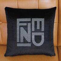 도매 창조적 인 예술 파리 FF 편지 브랜드 로고 럭셔리 크리스탈 다이아몬드 블링 블랙 벨벳 던져 베개