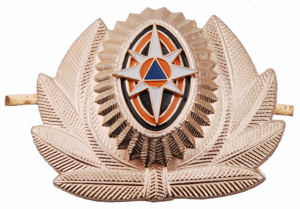 RUSSIAN EMERGENCY SITUATIONS MINISTRY METAL CAP HAT BADGE COCKADE