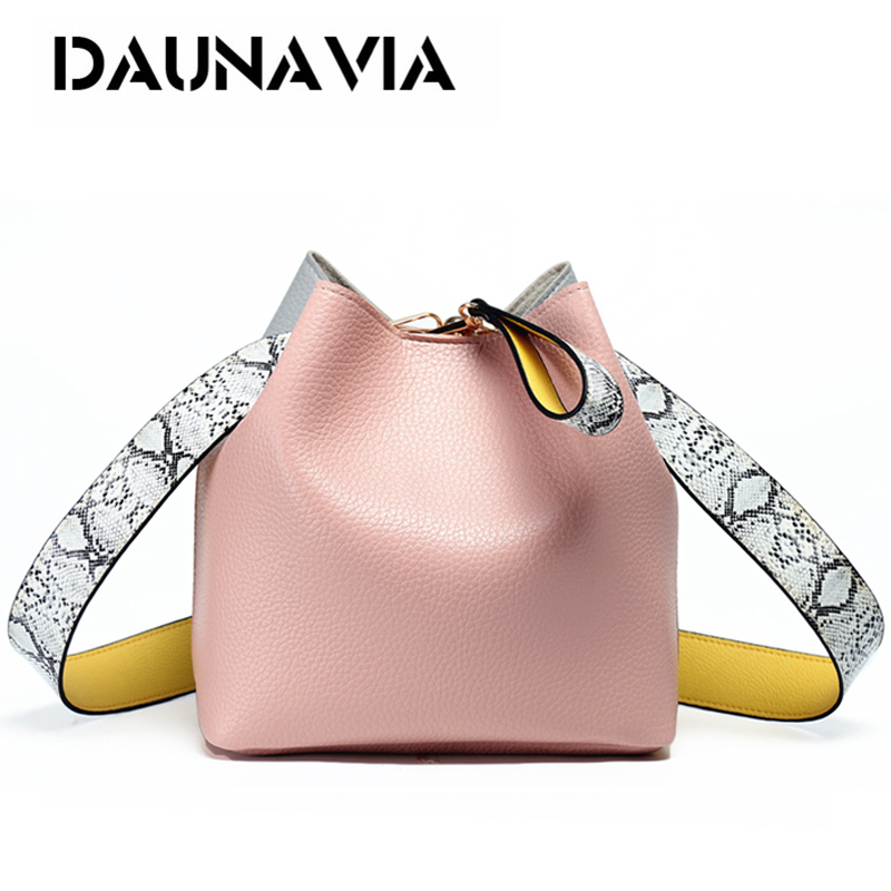 цена DAUNAVIA brand fashion women bucket handbags shoulder bag women crossbody messenger bag designer women bag with serpentine strap