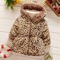 2016 Moda Bebê Leopardo Casaco de Outono Inverno Crianças Snowsuit À Prova de Vento Outerwear Jaqueta Com Capuz Bebê Meninas Faux Fur Parkas