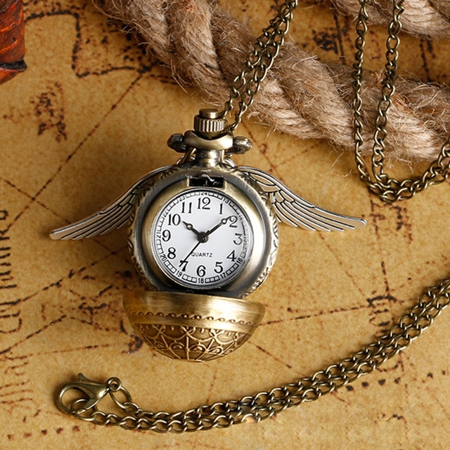 509f76160 Harri Potter Cosplay Golden Wings Snitch Toy Watch Quartz Pocket Watch  Necklace Quidditch Balls Snitch Necklace Toys Fly Thief
