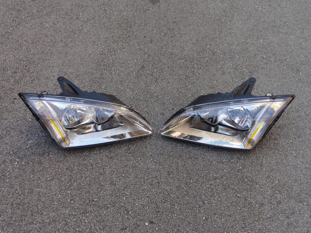 1Pair Car Styling Front Bumper Headlights Head Lamps For Ford Focus 2005-2007