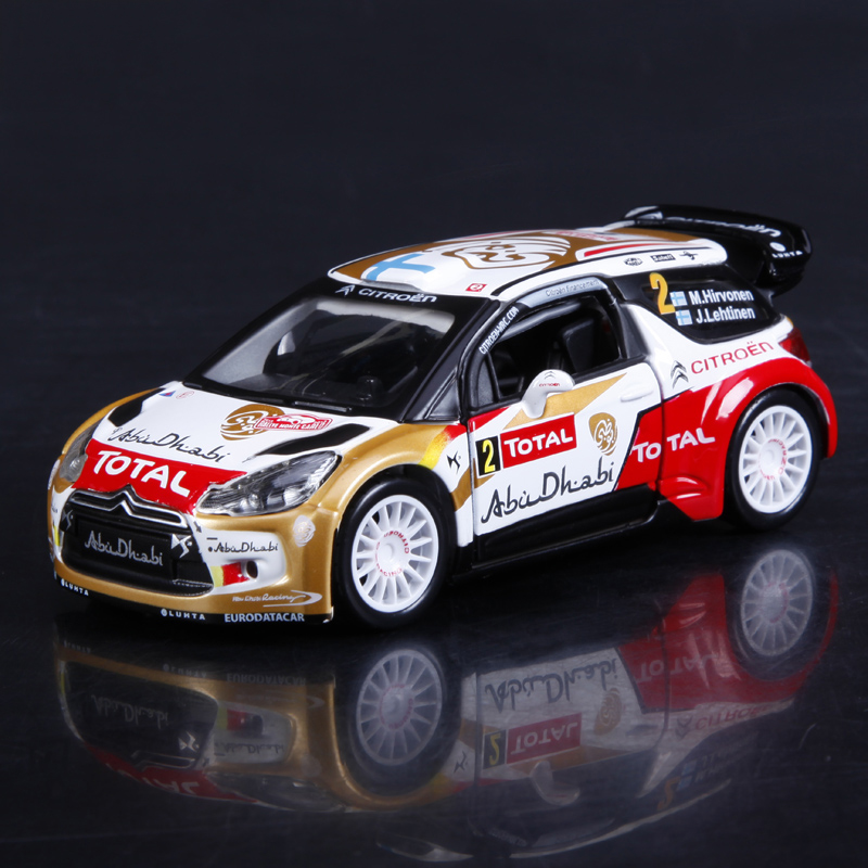 1:32 Diecast Model Car WRC 2013 DS3 Loeb Hirvonen 1:32 Metal Racing Vehicle Play Collectible Models Sport Cars toys For Gift